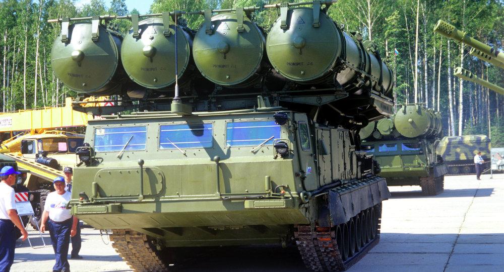 """الكرملين يعلن عن مشكلة في صفقة """"إس-300"""" لإيران 1015385557"""