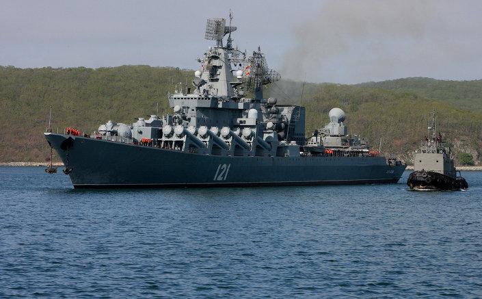 """بالصور... طراد """"موسكو"""" الجبار يقتحم بحار العالم بصواريخ """"إس – 400""""   1015581603"""