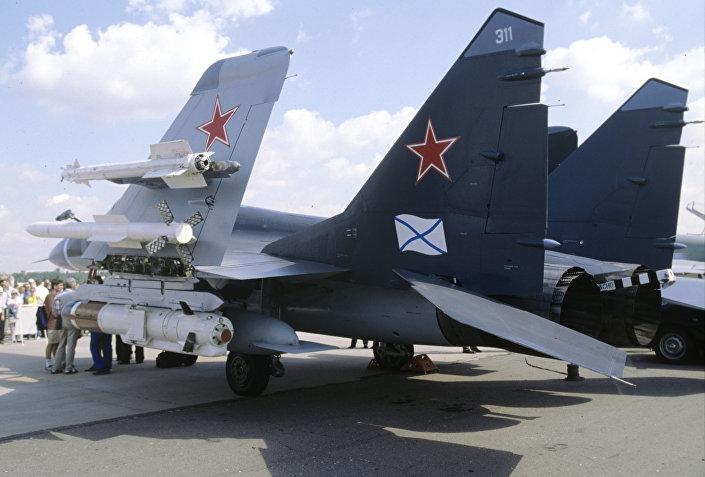 بالصور... متى ستظهر أفضل مقاتلة بحرية روسية بالعالم في سوريا؟  1017389079