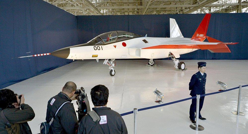 اليابان تصنع مقاتلة غير مرئية 1033923543