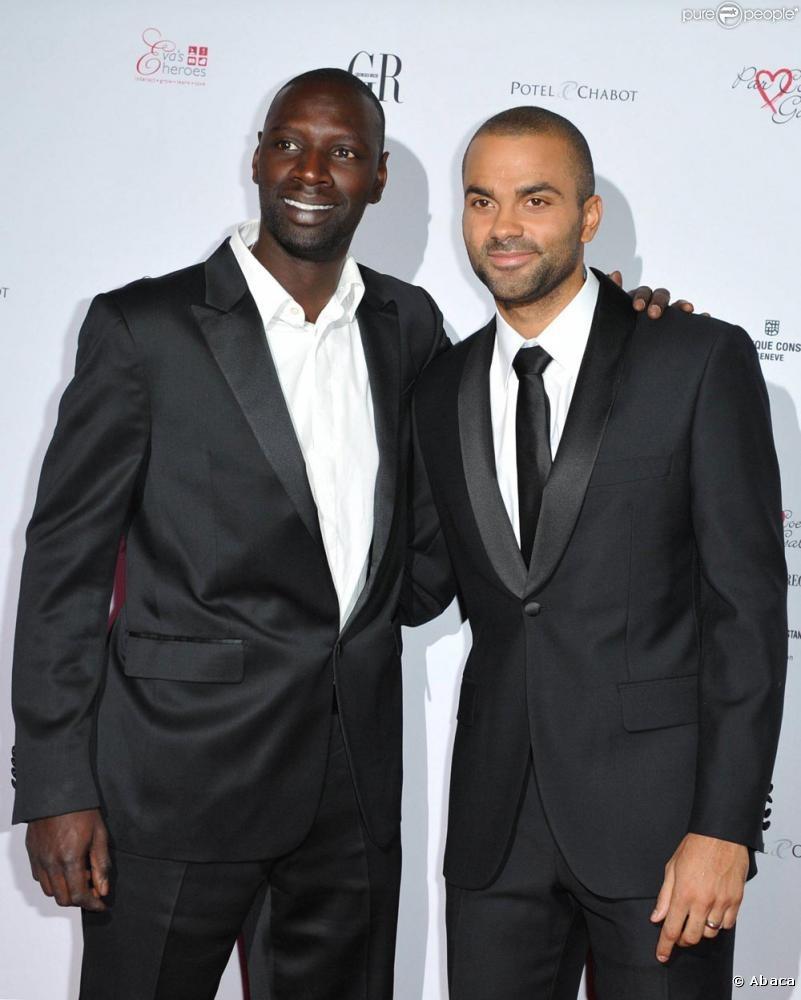 ¿Cuánto mide Omar Sy? - Altura - Real height Omar-sy-et-tony-parker-lors-de-la-fullscreen-380741117
