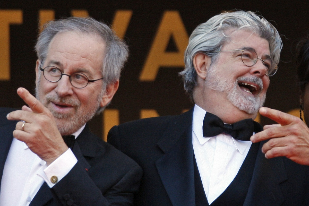 Cules - Página 4 Spielberg-lucas-laughing-steven-spielberg-vs-george-lucas-the-wettest-gunfight-young-1394480356