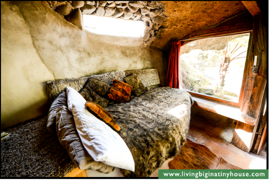 This One is for You Nannee! ~ The Magical Hobbit-Like Eco Cave House Cavehselounge