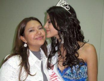 GALERIA DE PRISCILA HOWARD - Página 11 Madre-de-miss-teenager-2009-celebra-triunfo-286901-jpg_604x0
