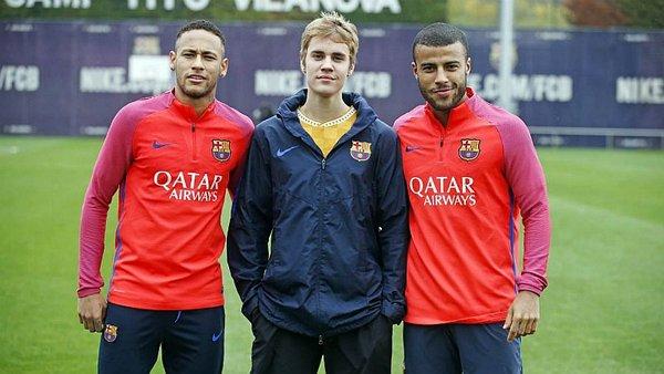 ¿Cuánto mide Justin Bieber? - Altura: 1,73 - Real height Barcelona-justin-bieber-ent-jpg_600x0