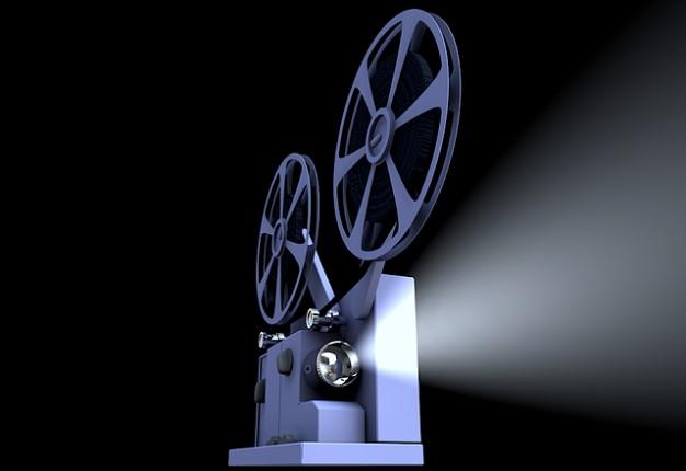 Au-delà de la douance... - Page 6 Cinema-presentation-projecteur-de-film_121-55122