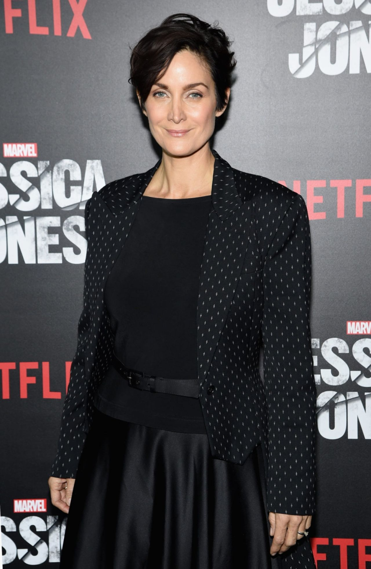 [ABC Studios] Marvel : The Defenders (2017) Carrie-anne-moss-jessica-jones-series-premiere-at-regal-e-walk_1