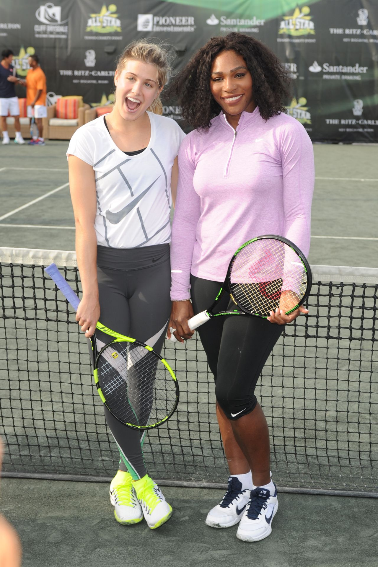 ¿Cuánto mide Eugenie Bouchard? - Altura - Real height Eugenie-bouchard-serena-williams-chris-evert-all-star-tennis-event-the-miami-open-2016-4