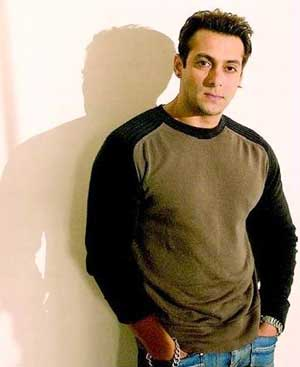 cual es el actor hindu mas lindo ? Salman-khan