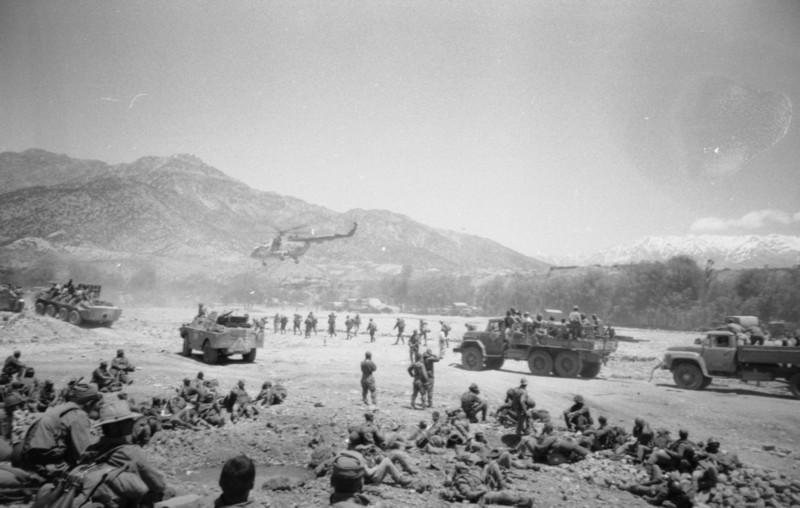 Soviet Afghanistan war - Page 7 Afgan
