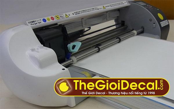 Đồ chơi số • Chỉ cần chiếc máy cắt mini này, bạn có thể làm hộp giấy, thiệp mời, cắt bế tem nhãn cực đẹp • http://i.imgur.com/ROJjy3m.jpg • Cắt bế decal tem nhãn, làm thiệp, bế hộp giấy,... Img20160712225106786