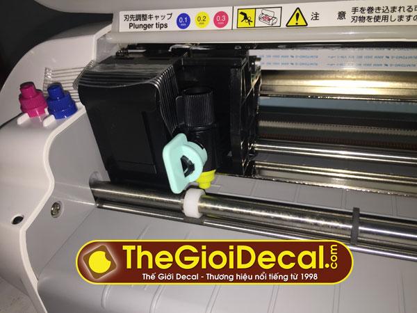 Đồ chơi số • Chỉ cần chiếc máy cắt mini này, bạn có thể làm hộp giấy, thiệp mời, cắt bế tem nhãn cực đẹp • http://i.imgur.com/ROJjy3m.jpg • Cắt bế decal tem nhãn, làm thiệp, bế hộp giấy,... Img20160712225107413