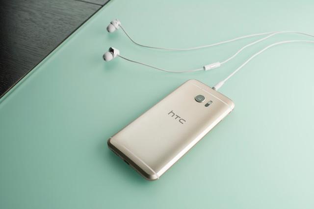 Airplay - Mobile • HTC 10 – Chiếc smartphone Android đầu tiên hỗ trợ tính năng AirPlay • http://i.imgur.com/6TyUQNz.jpg • Không chỉ là chiếc flagship mang lại những trải nghiệm Android thông minh và hữu ích, HTC 10... Img20160614141854345