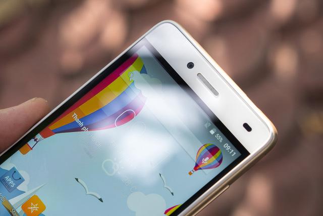 Mobile • LAI Yuna S – Smartphone chuyên selfie trong tầm giá 2 triệu • http://i.imgur.com/g5KuxsW.jpg • Với mức giá 2 triệu đồng, LAI Yuna S tạo được ấn tượng mạnh mẽ cho người dùng yêu thích chụp... Img20160615163525843