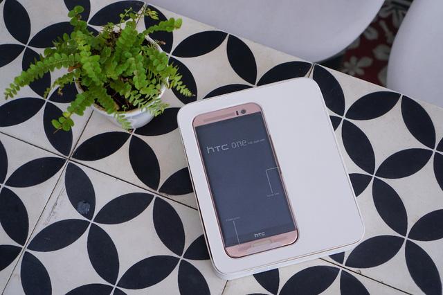 Mobile • 3 Lý do người dùng nên sở hữu ngay HTC One ME • http://i.imgur.com/e4oP4tA.jpg • Là một sản phẩm hoàn hảo với máy ảnh chính 20MP và màn hình độ phân giải 2K sắc sảo trong khi giá bán lẻ... Img20160816115804936