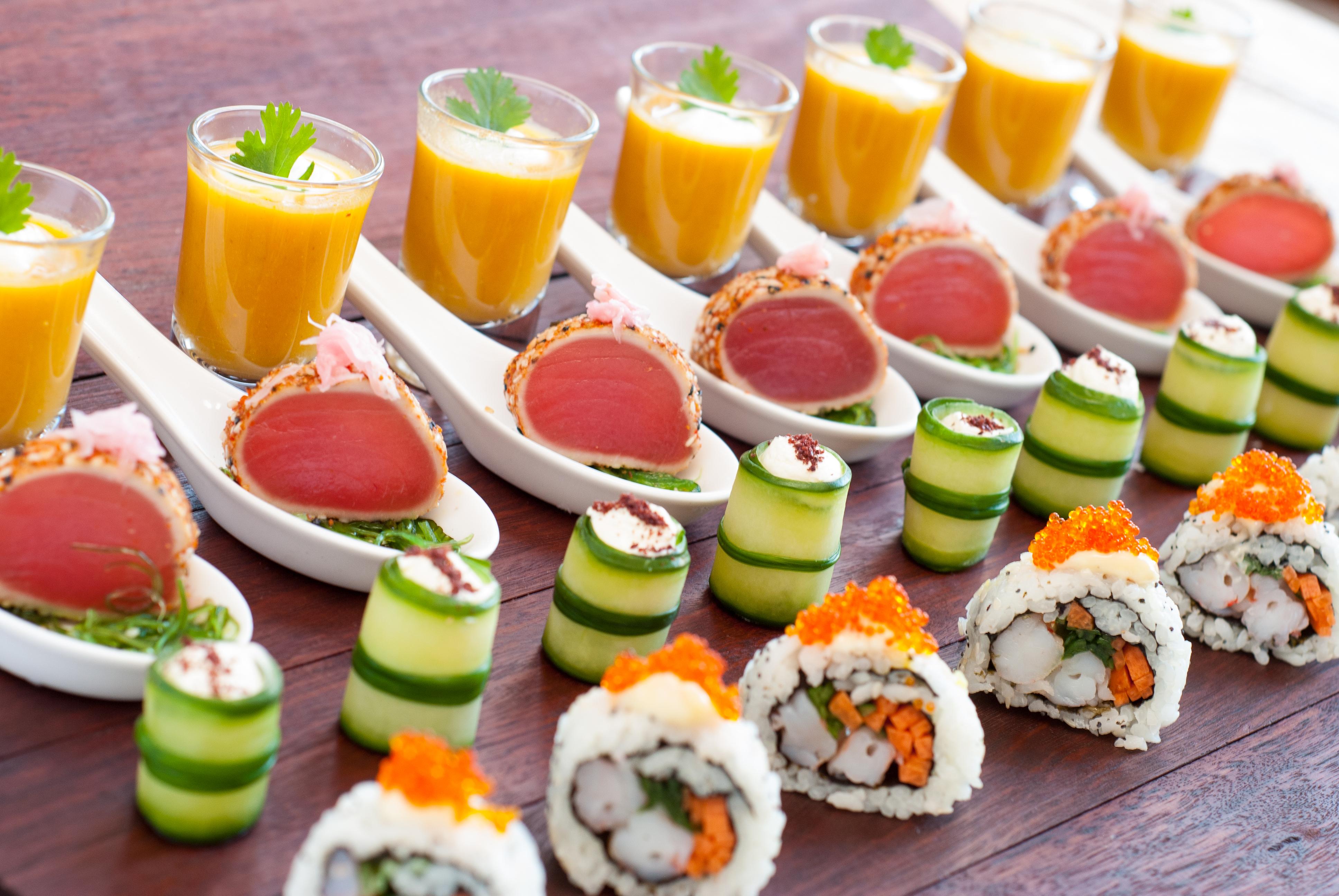 Маленький столик за углом - Том VI - Страница 2 Brendon-Downer-Canapes-Buffet-Kitchen-Platters_2905_20411