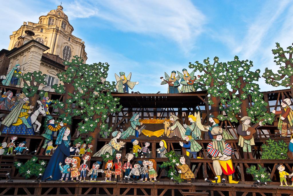 Presepe in Piazza Castello Lrweb-7938