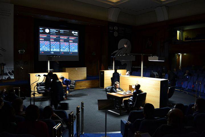 Candidates Tournament / LONDON 2013 IC4vlTJjBo8HOYS_nfBNQ8qkxYXLocbF-xYLg1C6CJ0%2C1JA1oM3R9p7E6a1WFjJ08AIcXX50jAOsAxT6zzp0rIs