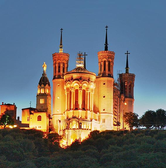 L'Astroville de France ! Basilica_Fourviere_Lyon_HDR