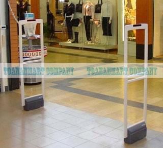 bán cửa từ, tem từ chuyên dùng cho cửa hàng quần áo Congtuanninh241