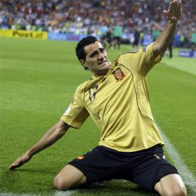 Atlético 2009-2010 (rumores de fichajes) - Página 15 Guiza_celebra_gol_rusia