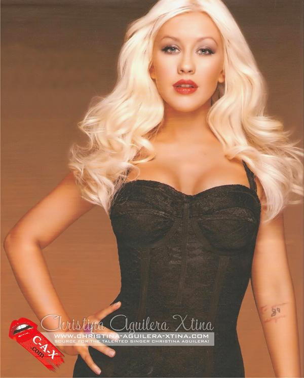 [Fotos+Videos] El Nuevo Perfume 'Secret Potion' de Christina Aguilera - Página 4 51