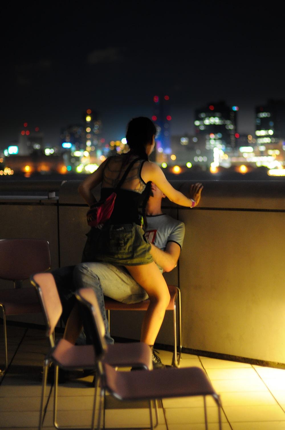 Najromantičnije mesto za vođenje ljubavi je? - Page 2 Making-love-watching-tokyo