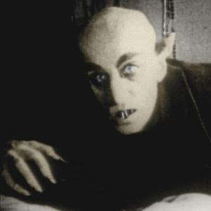 Que filme é esse? Teste seus conhecimentos! - Página 19 Vampiro-do-filme-nosferatu-1922-de-friedrich-werner-murnau-1289336237494_300x300