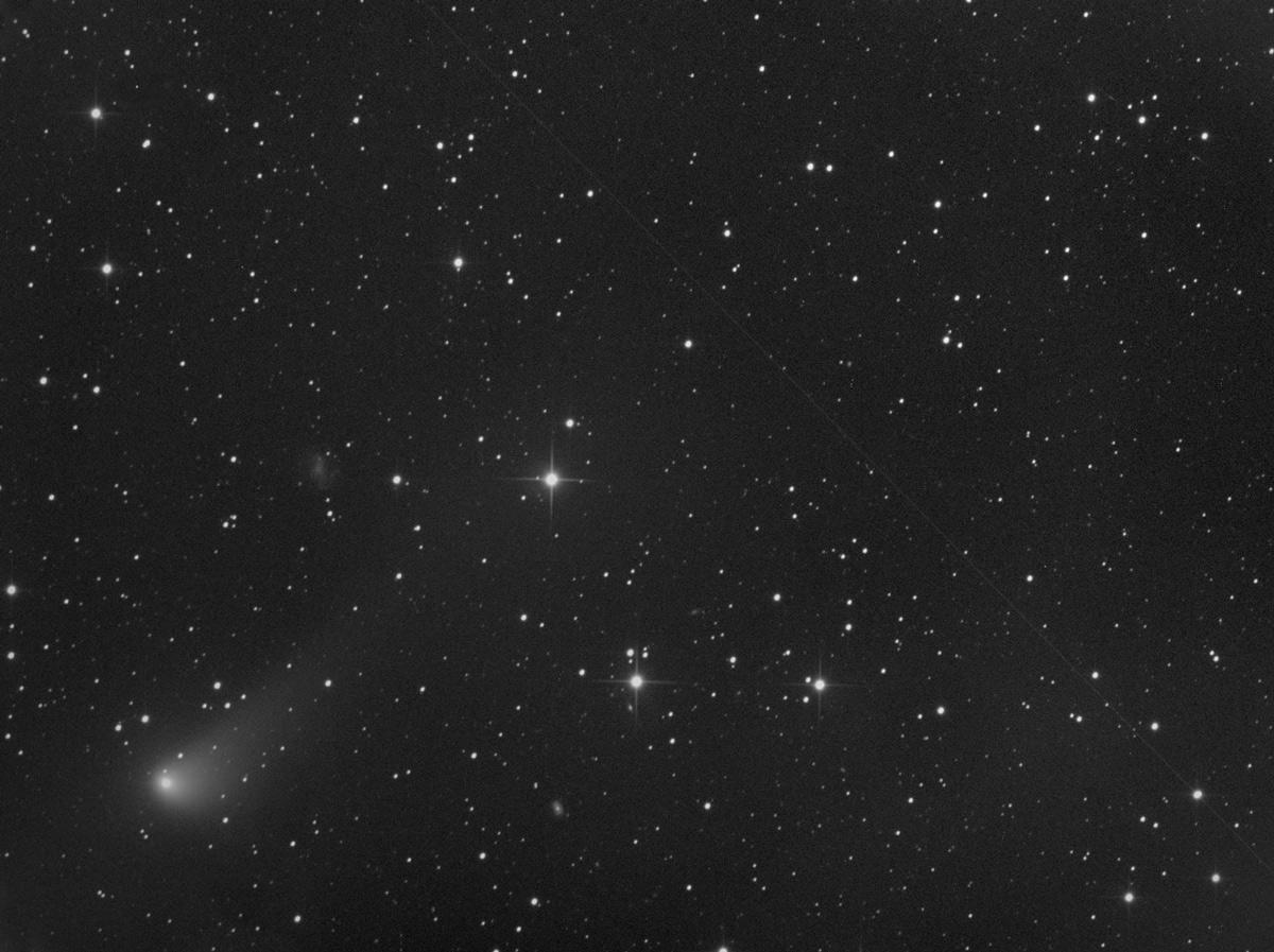 Comètes - Page 17 C2015v2_17_4_2017_1200