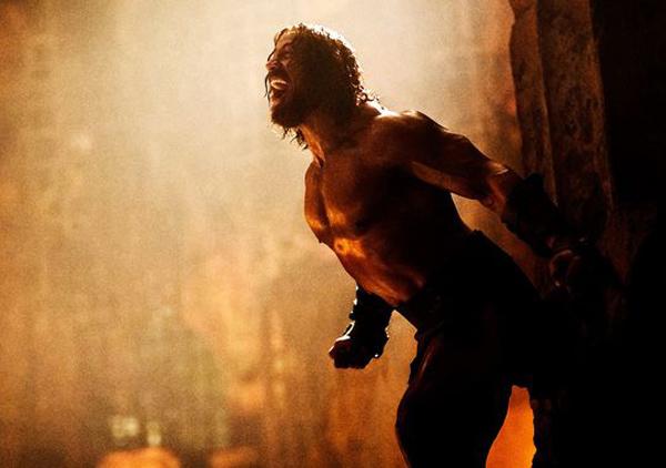 HERCULE  ( l'autre .... celui avec The Rock ;) ) 2-Hercule-Dwayne-Johnson