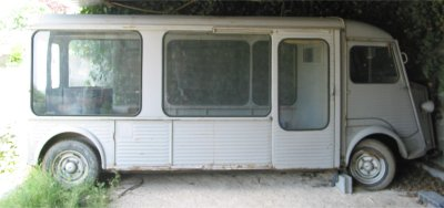 Présentation : Hy rallongé vitré pour exposition de Machine à laver Brandt 3