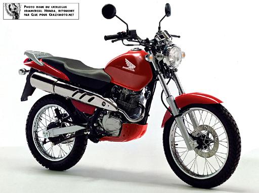 Une motarde parmi vous (HONDA 125 XLR 95  ) Cityfly_rouge_2008