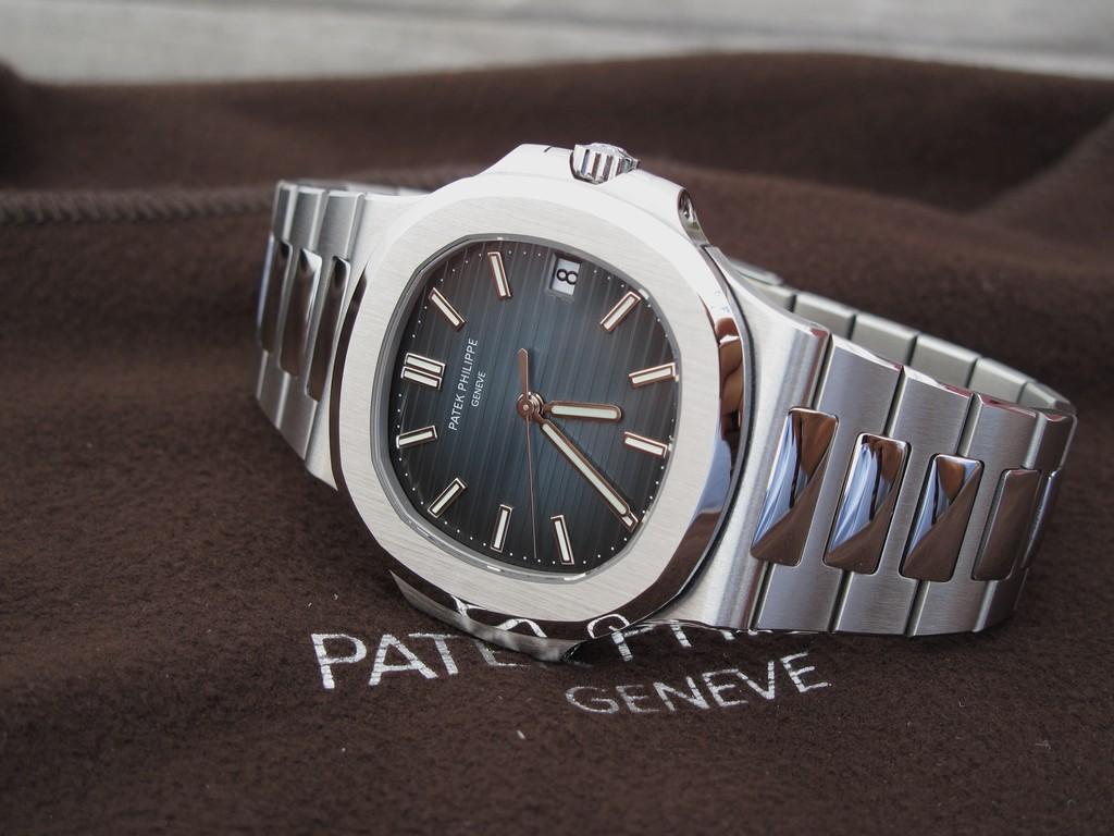 LA montre élégante Nautilus3
