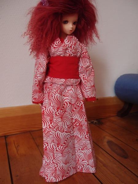 Commissions couture ----> Boutique Lilli Bellule <---- Kimono-rouge1