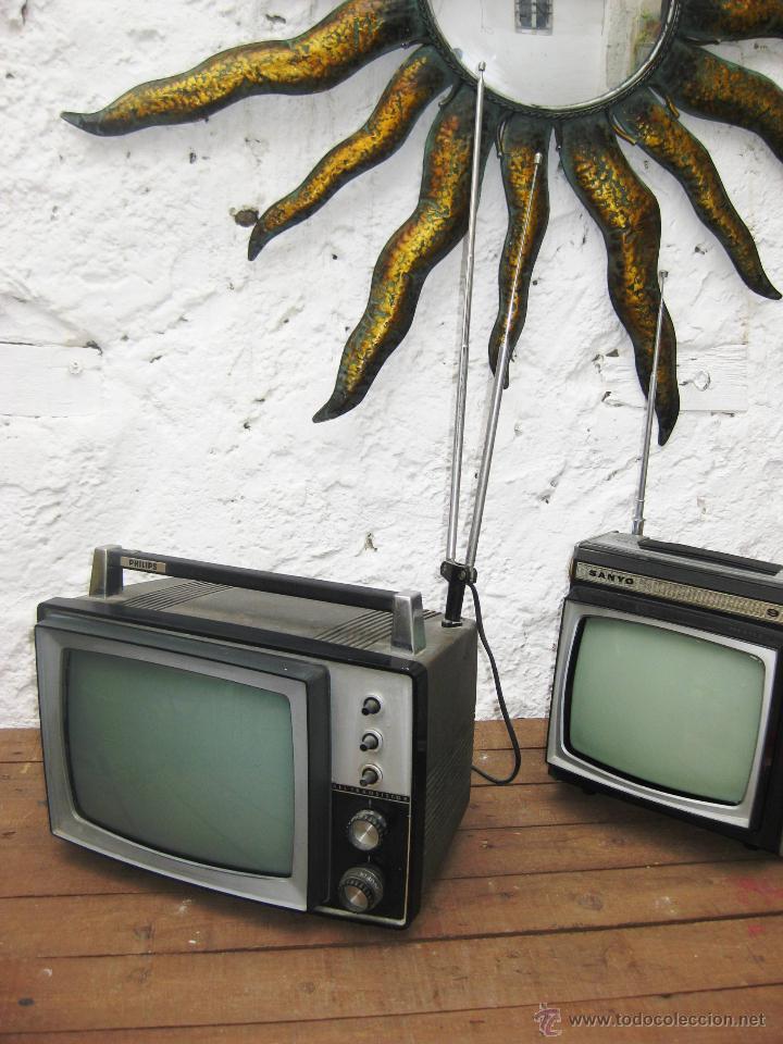 """Una TV """"Vintage"""" 54243563"""