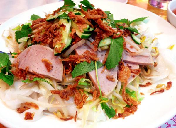 Quán ăn, ẩm thực: Quán Bánh Ướt Bánh Mì Ngon Quận 3 Banh-uot-cay-me2_zyemw