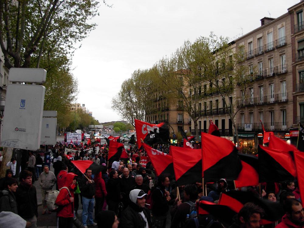 29-S, La lucha está en la calle (CGT, CNT,CO.BAS, CSC y Solidaridad Obrera) Mani-grande-cnt-31