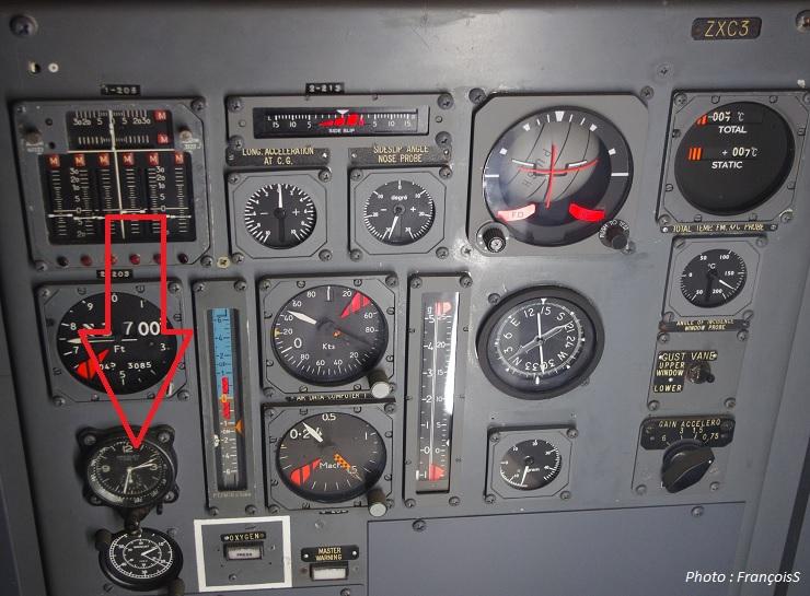 Le Concorde et les montres - Page 2 Montre141_2