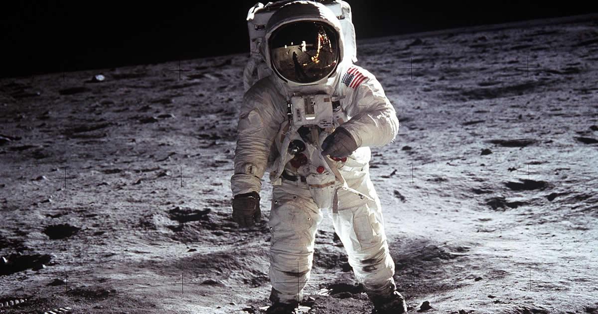 Bunker 42 – Taganka – Moscù. - Página 3 Buzz-Aldrin-Luna-Apollo11