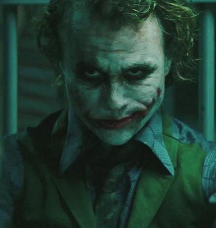SUPER VILAINS  Joker