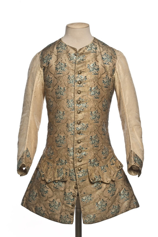 [Projet Histo-compatible] Une tenue XVIIIe d'homme 544a99ba-b8f6-4e1e-ae6b-85d181f4cfdc