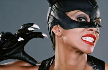 lien pour les essais longs de William Mistele Catwoman460by300