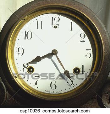ساعات الحائط  رهيبه واشكال مختلفه Esp10936