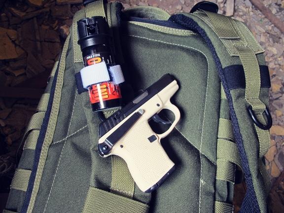 Comment faire un Get Home Bag (kit de retour au domicile) Pepper-spray-pistol