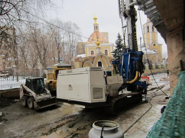 Храм Всех Святых Патриаршего Подворья во Всехсвятском на Соколе хотят захватить агенты влияния Саакашвили и разрушить строители-гастарбайтеры. I-1562