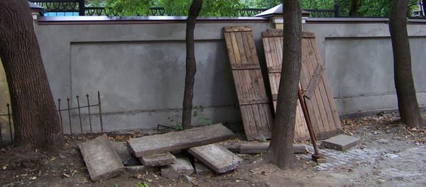 Храм Всех Святых Патриаршего Подворья во Всехсвятском на Соколе хотят захватить агенты влияния Саакашвили и разрушить строители-гастарбайтеры. I-1588