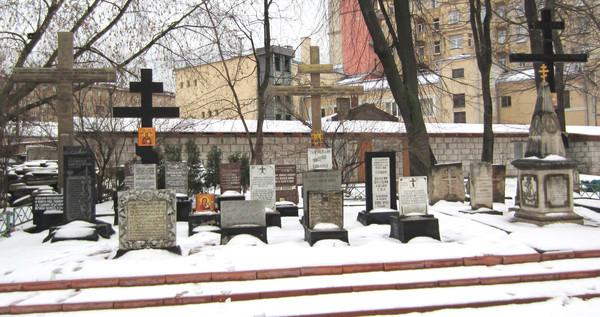 Храм Всех Святых Патриаршего Подворья во Всехсвятском на Соколе хотят захватить агенты влияния Саакашвили и разрушить строители-гастарбайтеры. I-1607