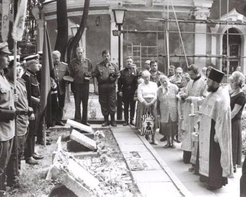 23 июля в Храме Всех Святых на Соколе прошла Панихида по Вадиму фон Каульбарсу и его усопшим соратникам. I-395