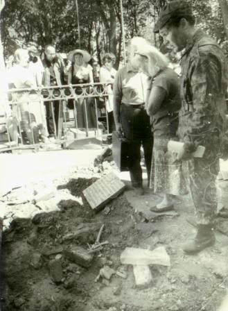 Храм Всех Святых Патриаршего Подворья во Всехсвятском на Соколе хотят захватить агенты влияния Саакашвили и разрушить строители-гастарбайтеры. I-1022
