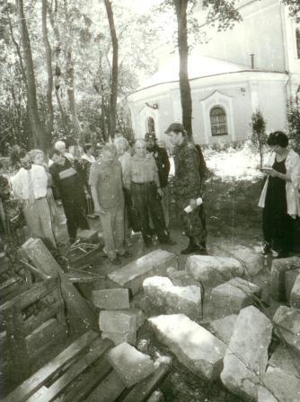 Храм Всех Святых Патриаршего Подворья во Всехсвятском на Соколе хотят захватить агенты влияния Саакашвили и разрушить строители-гастарбайтеры. I-1029
